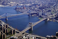 Photo of Brooklyn Bridge in New York, New York