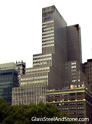 Photo of 1065 Avenue of the Americas in New York, New York