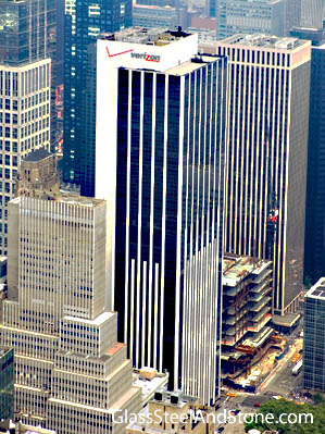 1095 Avenue of the Americas in New York, New York
